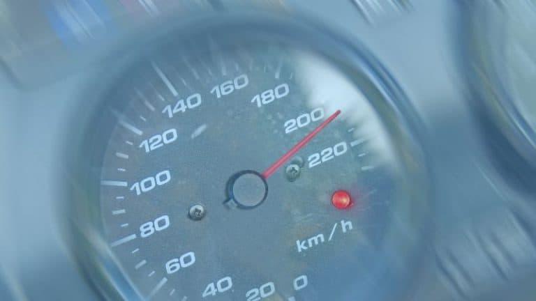 מד מהירות באופנוע
